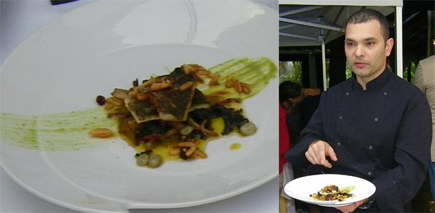 """Marcos Suárez con el plato de lisa presentado en el encuentro de cocineros """"Tesoros escondidos de Cádiz"""""""