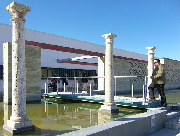 Entrada a la bodega Finca Torrecera donde se podrán celebrar eventos. Foto: Cosas de Come.
