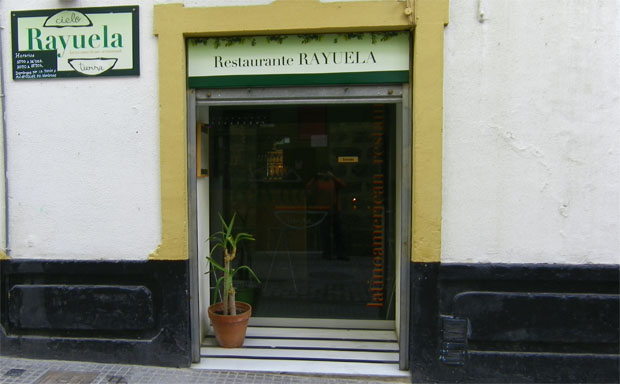 El restaurante Rayuela en la calle Sopranis. Foto: Cosas de Comé.