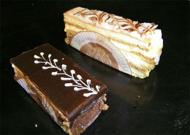 El milhojas, uno de los dulces de más éxito de Delicia Rosa, el obrador creado en Arcos. Foto: Cosas de Comé