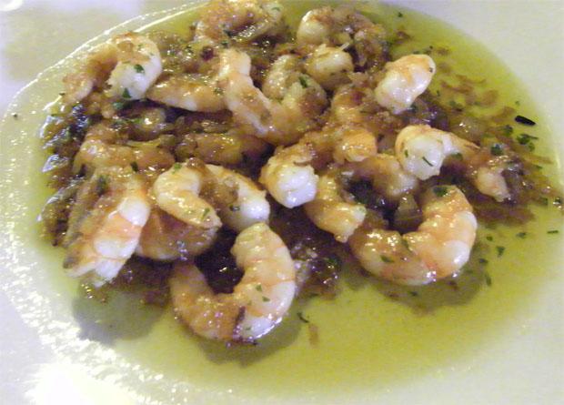 Los langostinos al vermout, otro de los platos del bodegón de Miguel de San Fernando. Foto: Cosas de Comé
