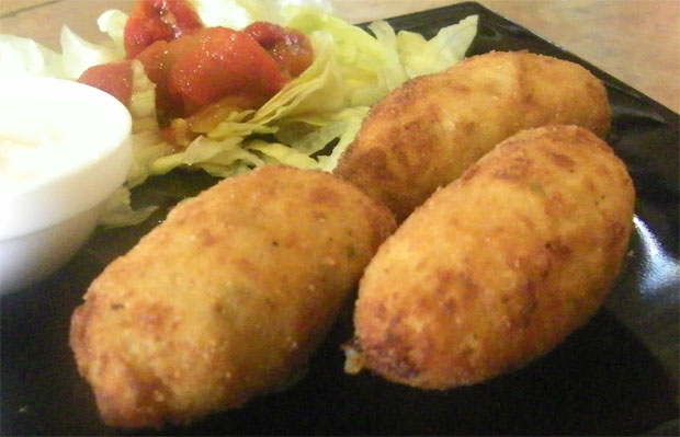 Las croquetas de tortillitas de Camarones de Los Apóstoles. Foto Cosas de Comé.