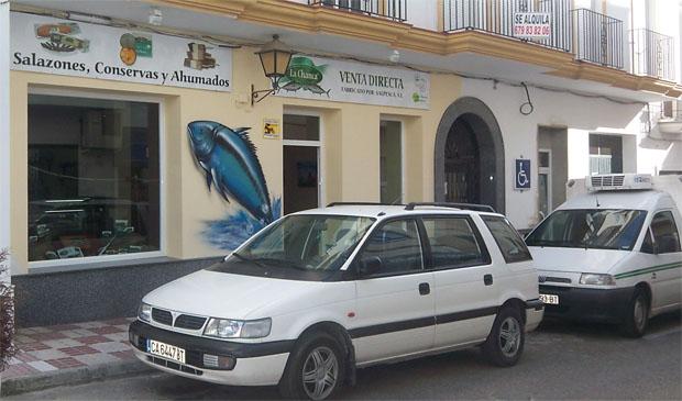 Imagen exterior de la tienda de La Chanca en Conil. Foto: Cedida por La Chanca