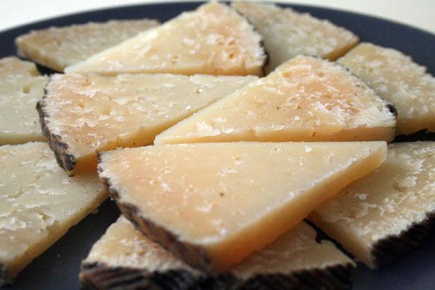 El queso curado de cabra de El Bosqueño premiado en Roma. Foto: Cosas de Comé