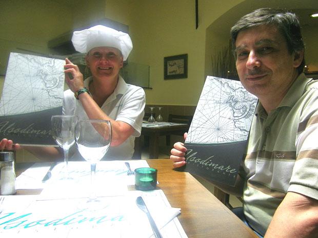 La cocinera Sophie Sjodahl y Manuel Sánchez, dos de los propietarios del nuevo restaurante Usodimare en la ciudad de Cádiz. Foto: Cosas de Comé