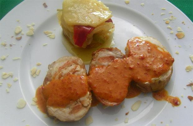 La versión del conejo con su majao del restaurante El Almendral. Foto: Cosas de Comé