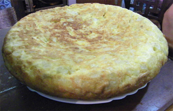 El tortillón es una de las estrellas de La Gallega de San Fernando. Foto: Cosas de Comé