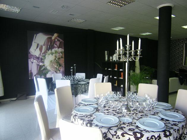 Imagen de la tienda Ceremonial Catering en la calle Córdoba de Jerez. Foto: Cosas de Comé