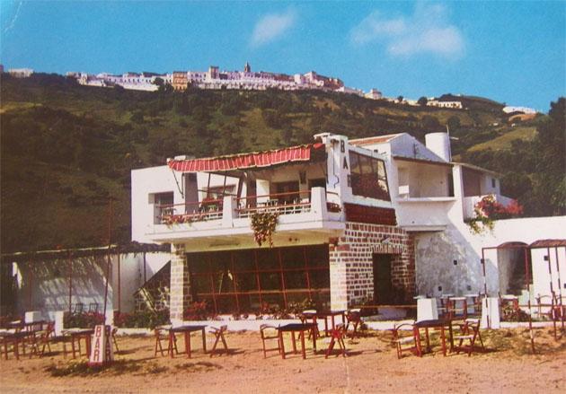 Imagen del restaurante de la Barca de Vejer poco después de ser inaugurado en 1971. Foto: Cedida por el restaurante de La Barca de Vejer.