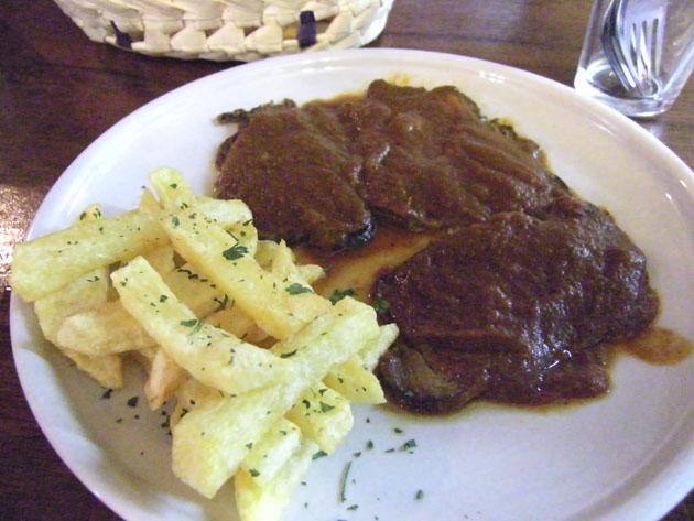 Venado en salsa, uno de los platos que se podrán degustar durante el fin de semana en Grazalema. Foto: Cosas de Comé