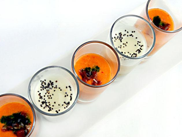 Diferentes opciones de salmorejos y cremas disponibles para los minicatering de Alta Cazuela. Foto: Cedida por Alta Cazuela