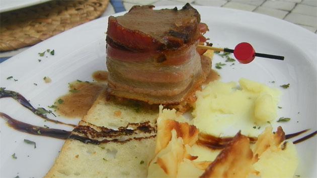 La delicia de rabo de toro, otra de las tapas que ha presentado el Bar Cádiz al concurso. Foto: Cosas de Comé.