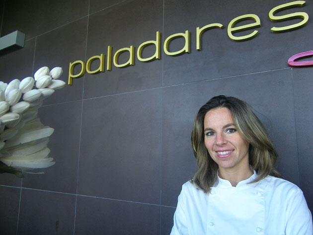 La cocinera Ana Páez Ruiz, la jefa de cocina de Paladares, que acaba de abrir sus puertas en Jerez. Foto: Cosas de Comé