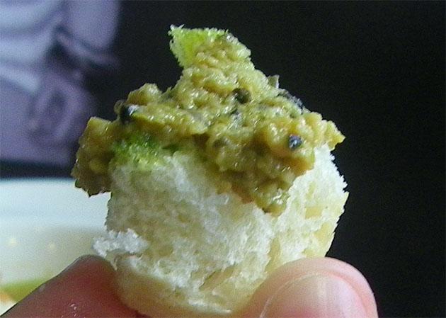 Aceitunas creativas, una especie de paté de aceitunas aliñás, otro de los originales platos de Paladares. Foto: Cosas de Comé.
