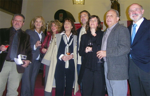 Los investigadores que han realizado el libro durante la presentación en la sede del Consejo Regulador del Jerez. Foto: Cosas de Comé