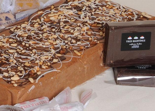 El turrón de praliné de almendras con chocolate y piñones del parque de La Breña de Tres Martínez. Foto: Cosas de Comé