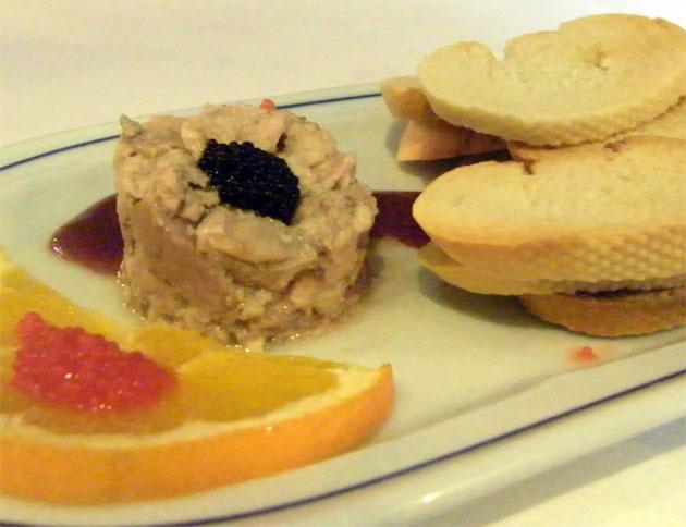 El foei realizado con hígado de rape en vez de con hígado de pato, uno de los platos más llamativos de El Copo. Foto: Cosas de Comé.