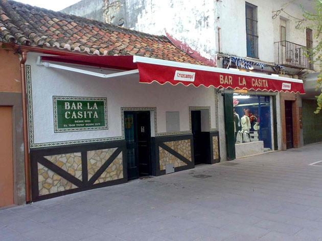 Imagen de la nueva fachada del bar La Casita. Foto cedida por el bar La Casita