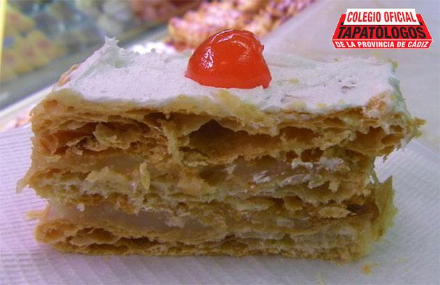 Los camiones de la pastelería La Exquisita de Vejer, clarísimo caso de meriondología. Foto: Cosas de Comé