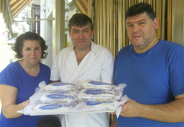 Los hermanos Moreno Tinoco (Laura, Santiago y Daniel), actuales gerentes de la pastelería